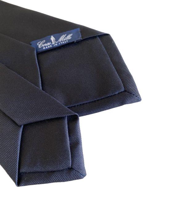 3-fold navy blue tie